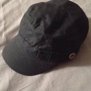 Accessories - Black cotton hat